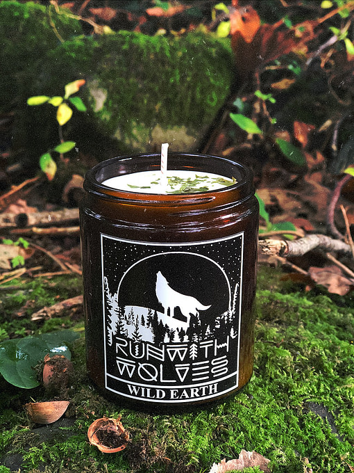 Buy Wild Earth candle 180mlby Run with Wolves from Kin & Co, Abersoch