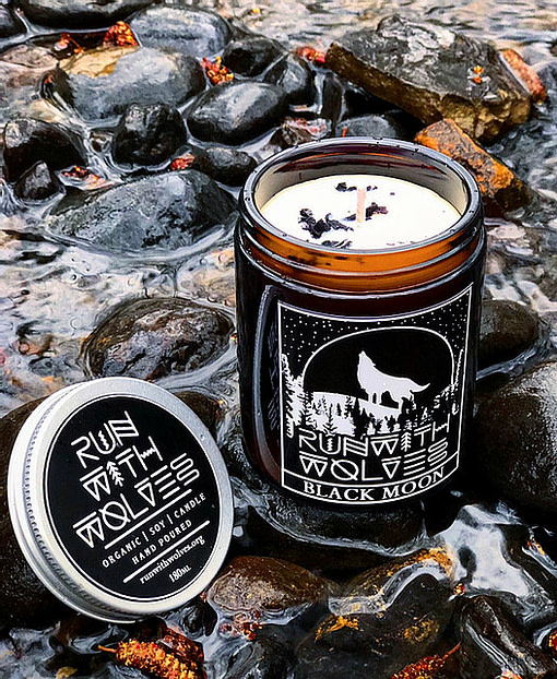 Buy Black Moon 180 ml candleby Run with Wolves from Kin & Co Abersoch