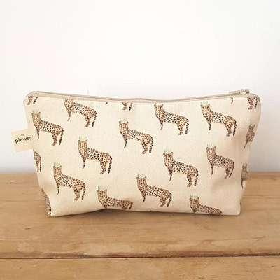 Plewsy Cheetah Cosmetic Bag