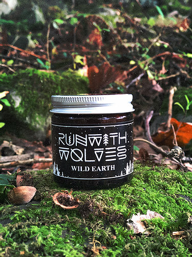 Buy Wild Earth candle 60mlby Run with Wolves from Kin & Co, Abersoch