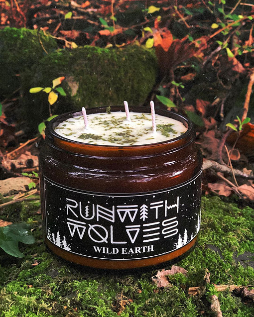 Buy Wild Earth candle 500mlby Run with Wolves from Kin & Co, Abersoch
