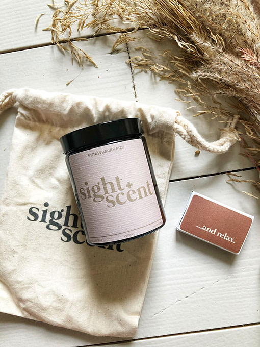 sight & scent candle strawberry fizz
