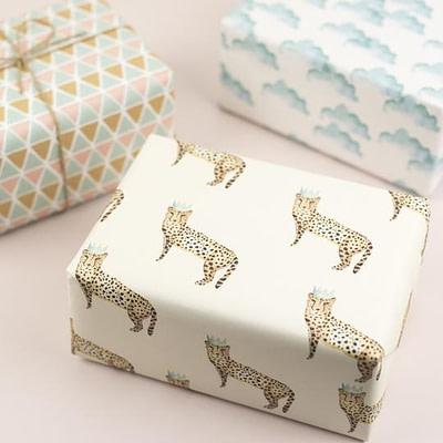 Plewsy Cheetah Gift Wrap